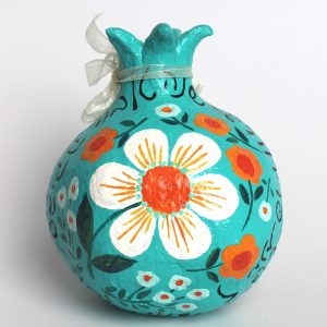 רימון ברכות לראש השנה, קשת צבעים על טורקיז עם ברכות בעברית (גדול)